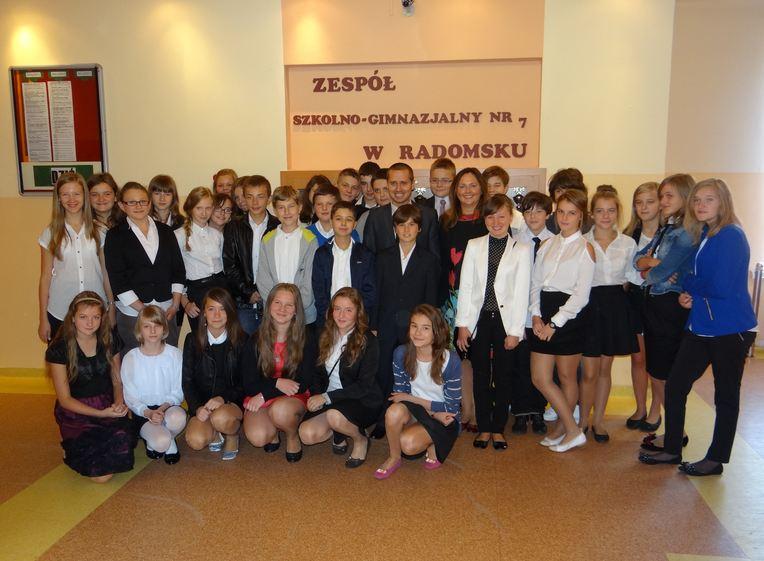 Poseł Joanna Skrzydlewska w Zespole Szkolno-Gimnazjalnym nr 7 w Radomsku