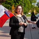 W Pabianicach flagi od poseł Skrzydlewskiej